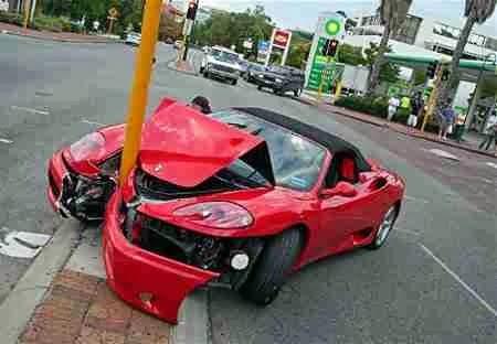 Resultado de imagem para batidas de carro